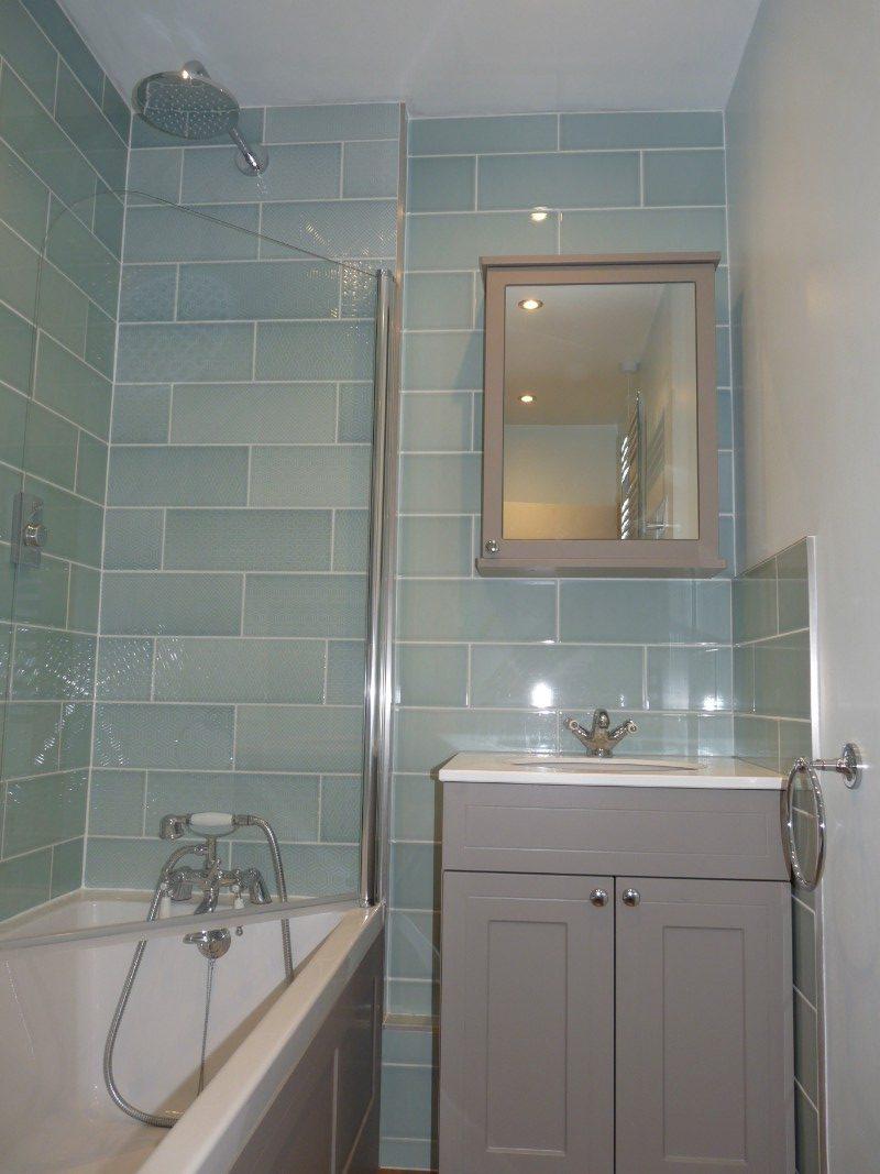 Traditional-main-bathroom