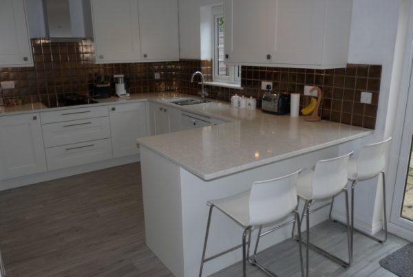 Fitzroy Porcelain shaker kitchen