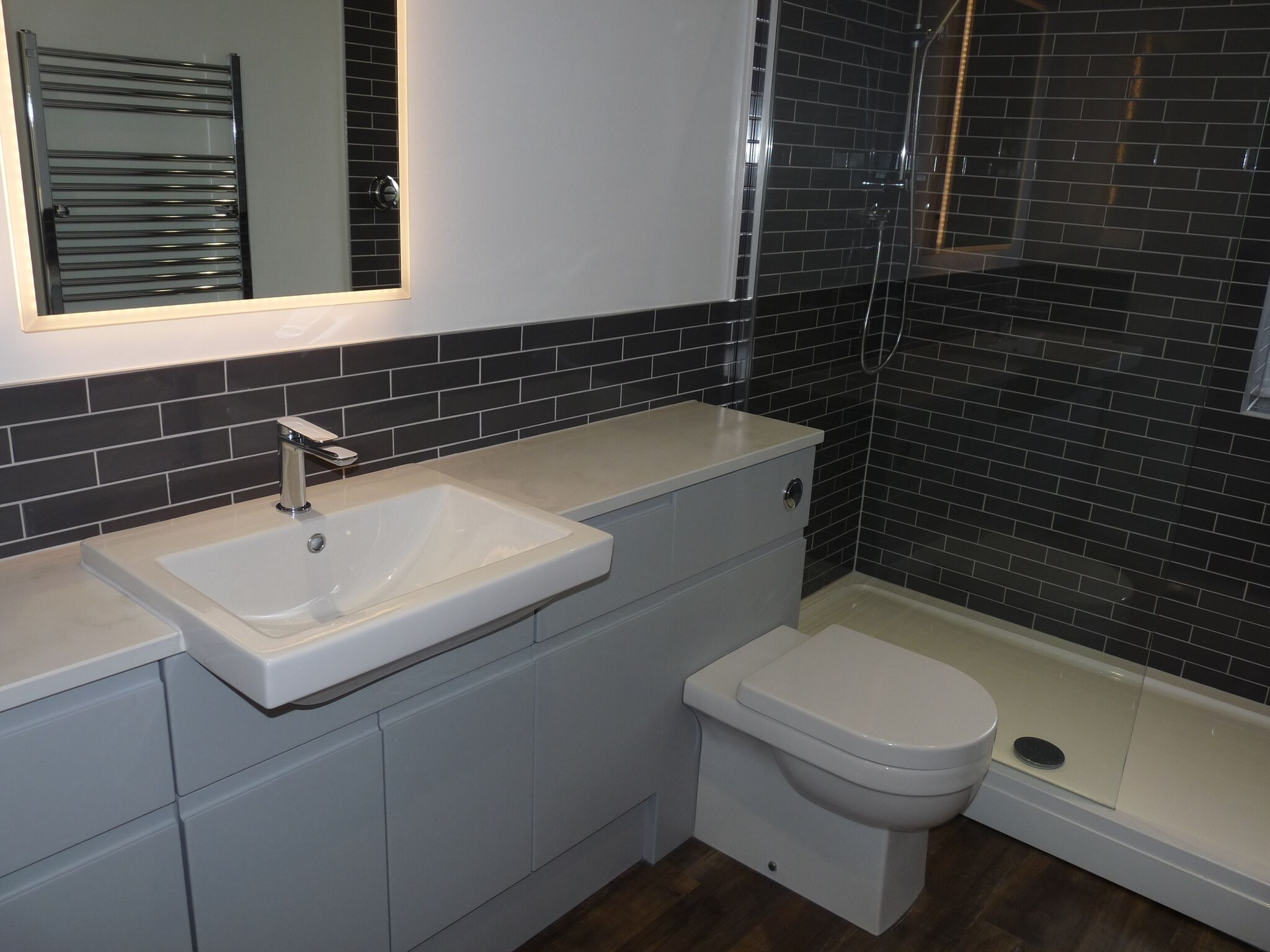 Atlanta-handleless-bathroom-furniture-pearl-grey-fleet