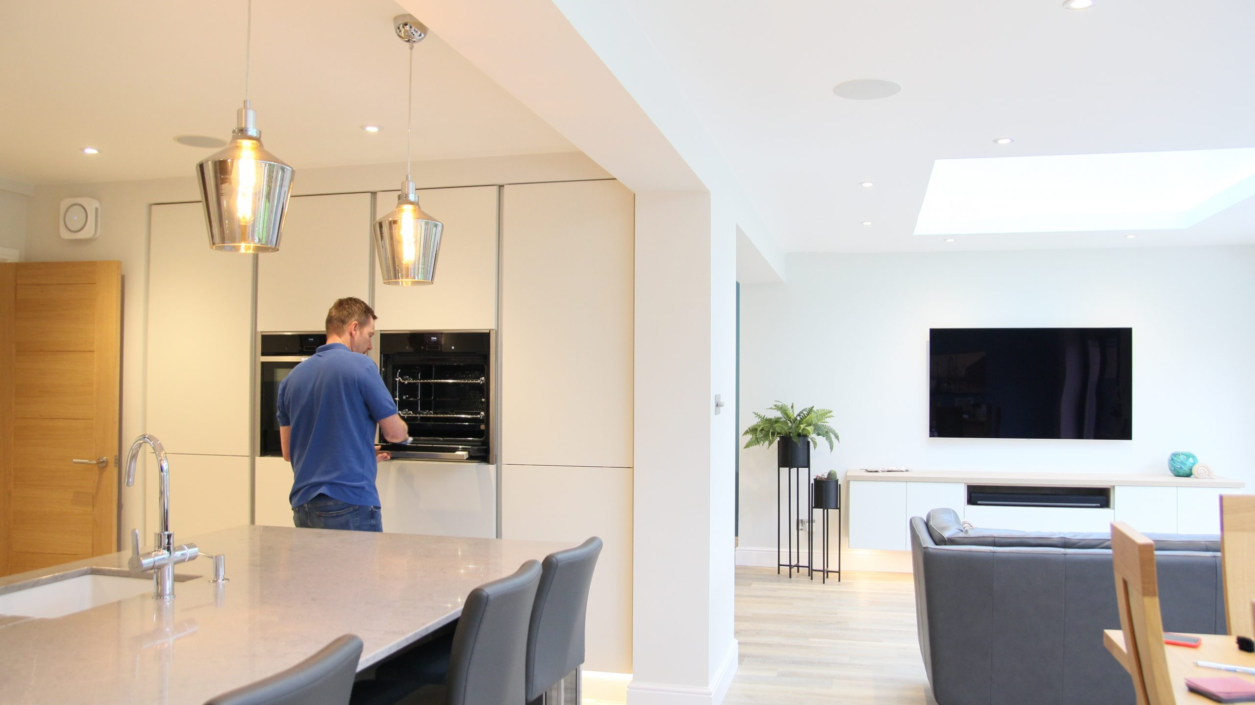 Kalibre Kitchens and bathrooms virtual appointments Fleet